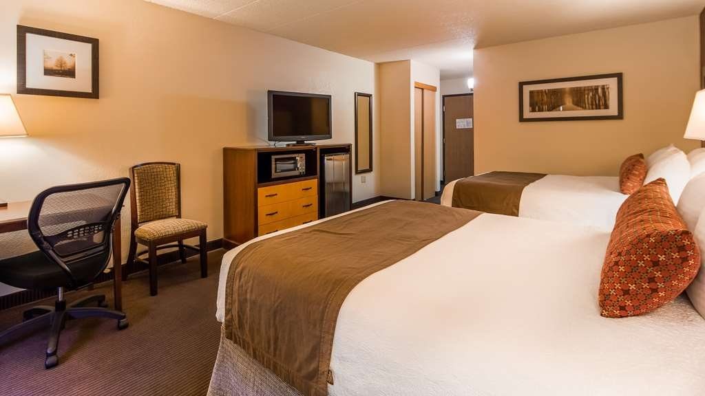 Best Western Plus Sidney Lodge - Our standard queen rooms are perfect for families or those with multiple people.
