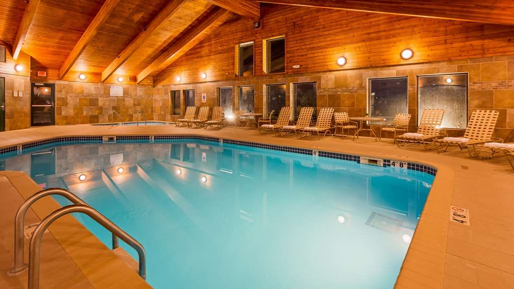 Best Western Plus Sidney Lodge - Enjoy our indoor heated pool, heated to a comfortable 82° and our large hot tub. The perfect way to relax after a long stressful day.