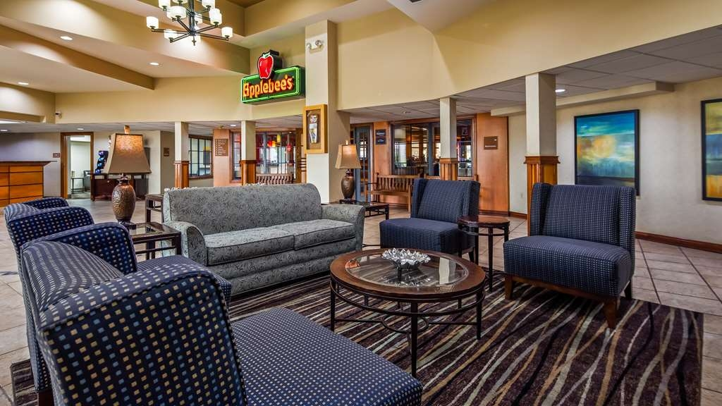 Best Western Plus York Hotel & Conference Center - reception