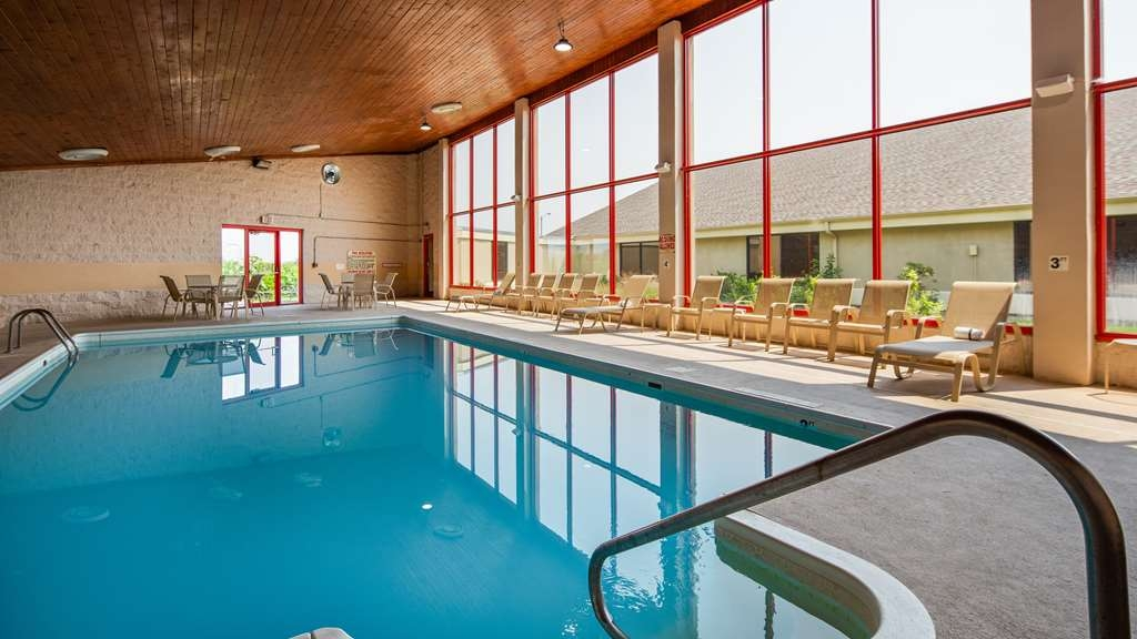 Best Western Plus York Hotel & Conference Center - Piscina