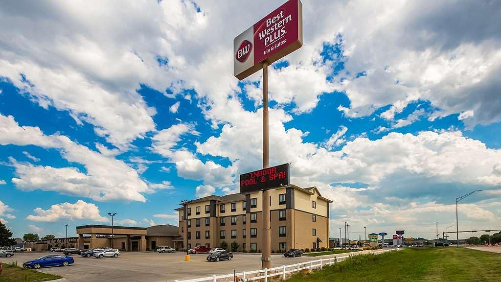 Best Western Plus North Platte Inn & Suites - Aussenansicht