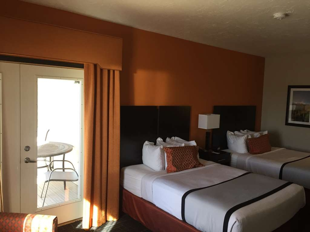 Best Western Plus North Platte Inn & Suites - Suite