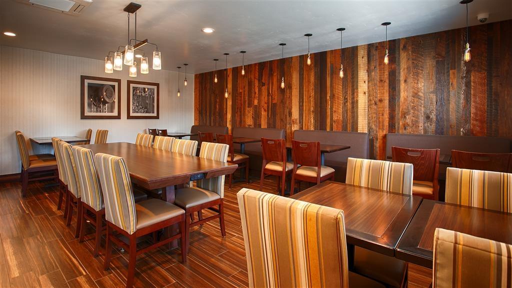 Best Western Hi-Desert Inn - Salle de petit déjeuner
