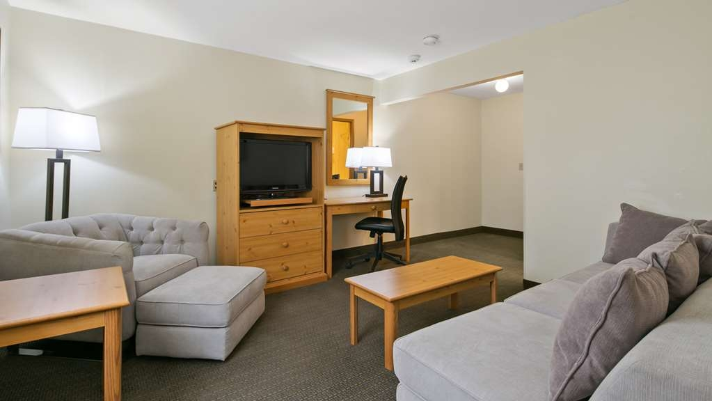 Best Western Hi-Desert Inn - Guest Room - our business suite is complete with a sitting area.