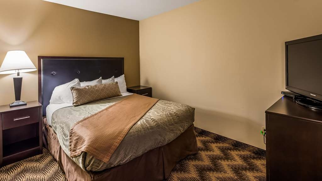 Best Western Plus Gold Country Inn - Suite