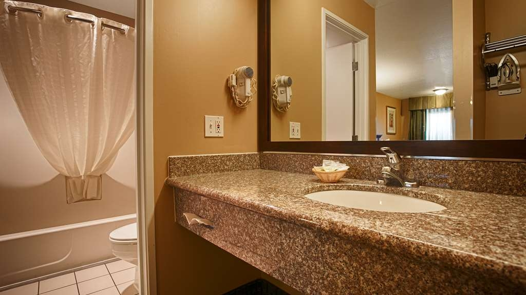 Best Western Fernley Inn - Badezimmer