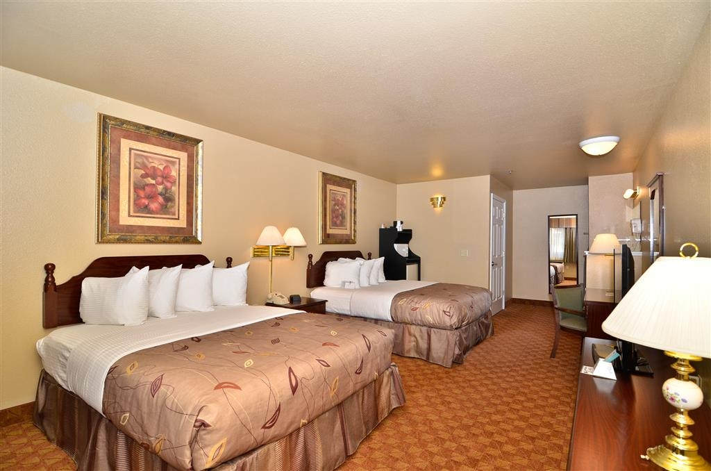 Best Western Fallon Inn & Suites - Extra blanket and pillows located in the dresser or closet of all guest rooms.