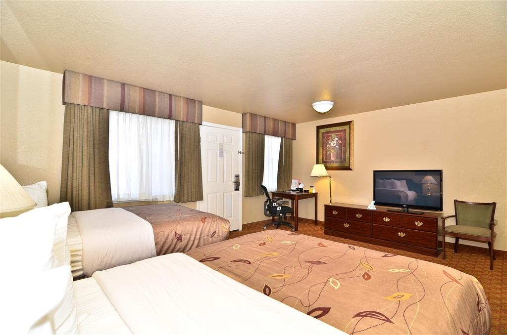Best Western Fallon Inn & Suites - Two Queen Guest Room