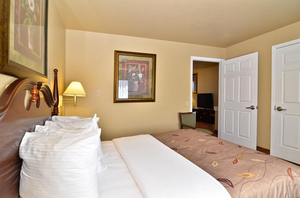 Best Western Fallon Inn & Suites - Suite has two separate bedrooms with each room having a king bed.