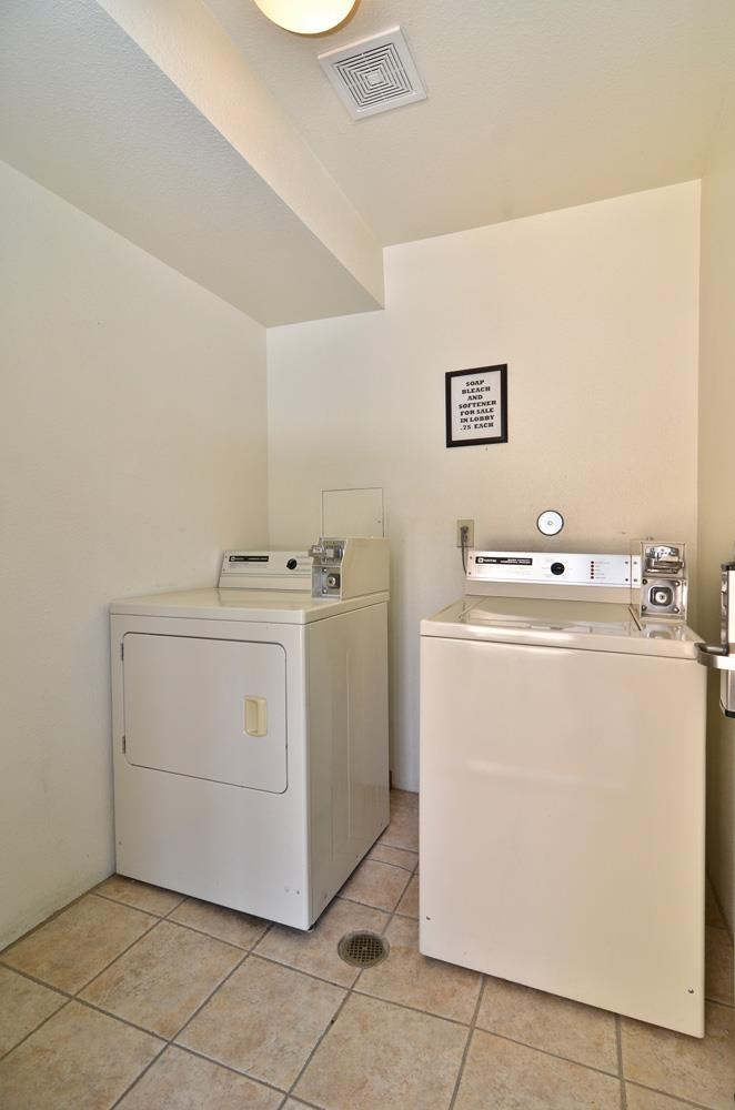 Best Western Fallon Inn & Suites - Here for a while? We have a laundry room on-site to keep your clothes clean.