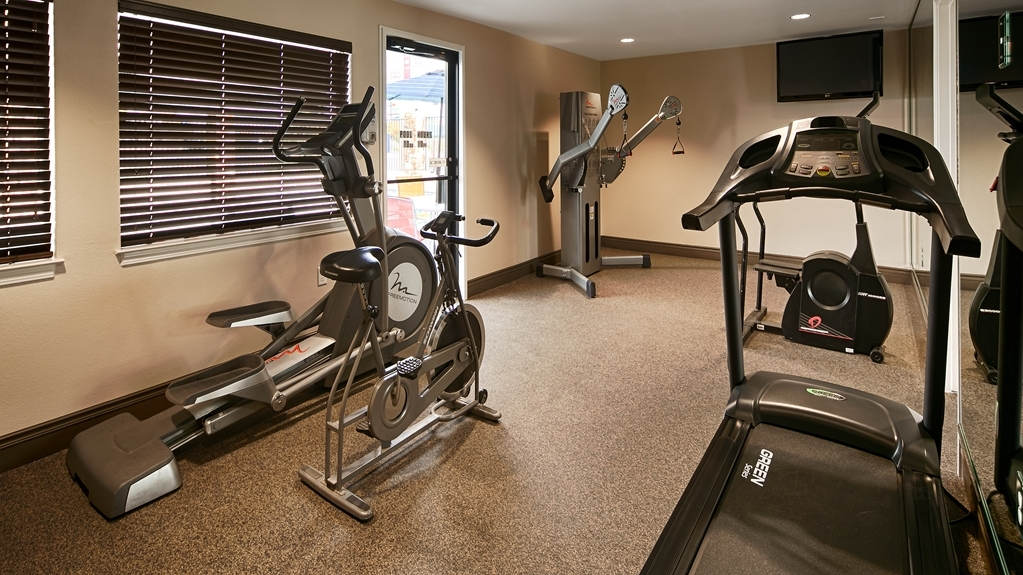 Best Western Fallon Inn & Suites - Well equipped fitness center available 24 hours a day