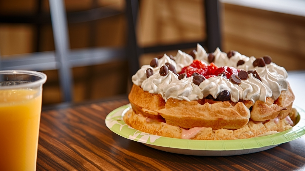 Best Western Fallon Inn & Suites - Breakfast- Build your own Fresh Berrylicious Waffles