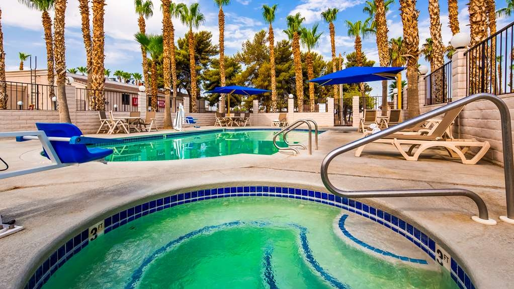 Best Western Pahrump Oasis - Pool view