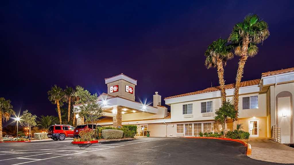 Best Western Plus Las Vegas West - Aussenansicht