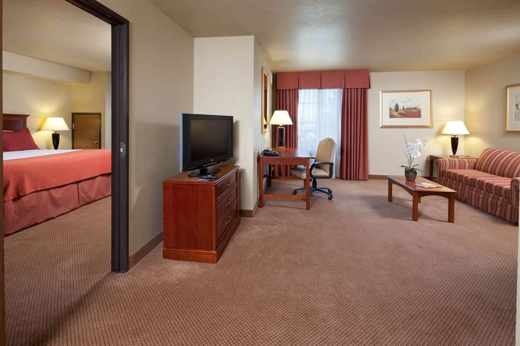 Best Western Plus Henderson Hotel - Suite