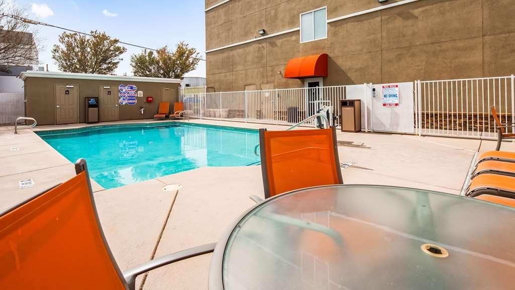 Best Western Plus Henderson Hotel - Vue de la piscine