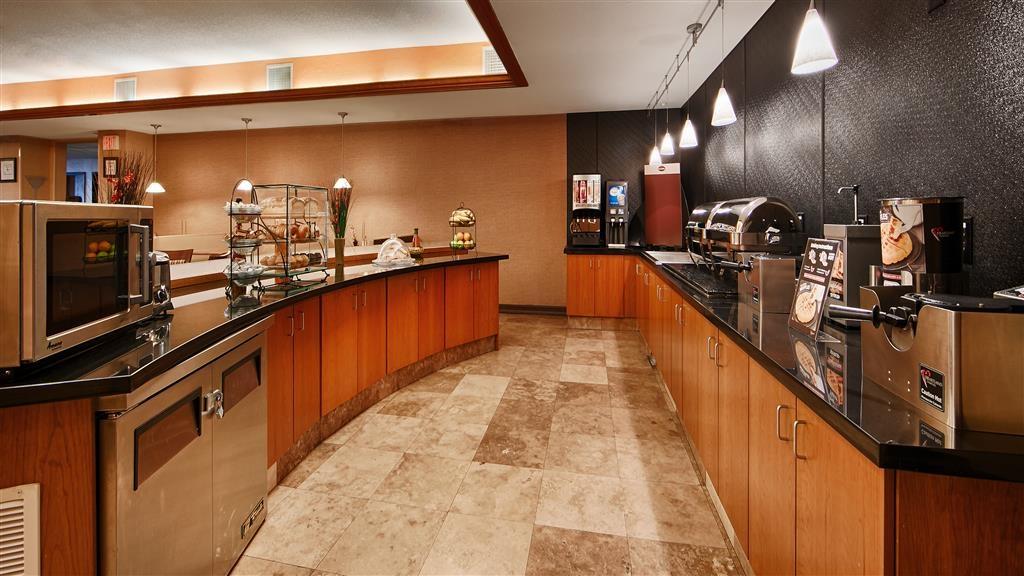 Best Western Plus Henderson Hotel - Frühstücksbuffet