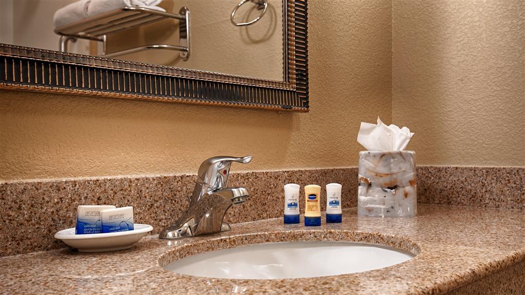 Best Western Plus Henderson Hotel - Badezimmer