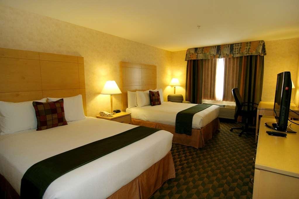 Best Western Plus North Las Vegas Inn & Suites - Standard Two Queen Guest Room
