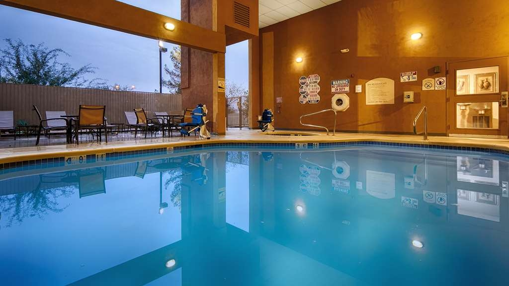 Best Western Plus North Las Vegas Inn & Suites - Poolansicht