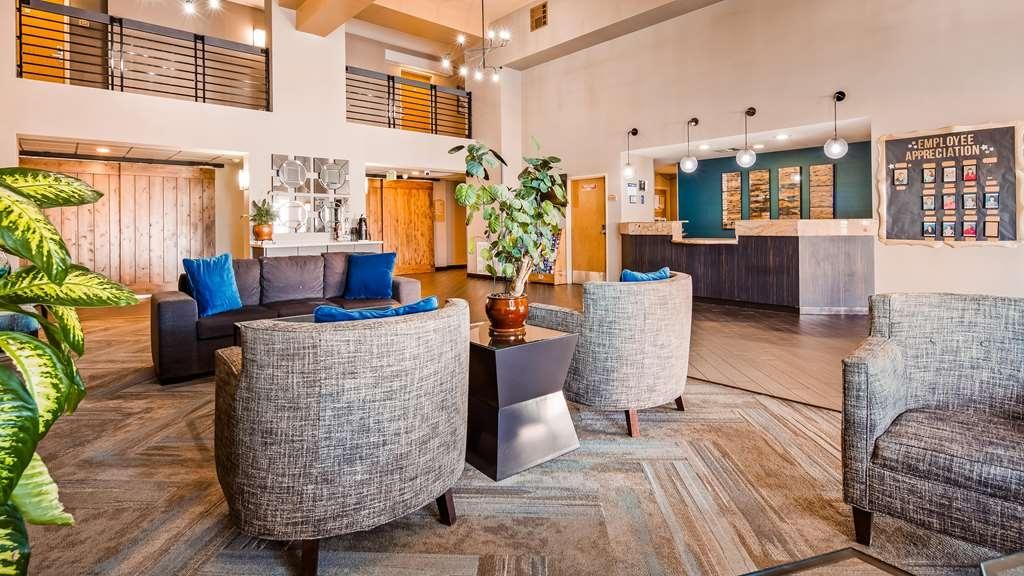 Best Western Plus North Las Vegas Inn & Suites - Vue du lobby