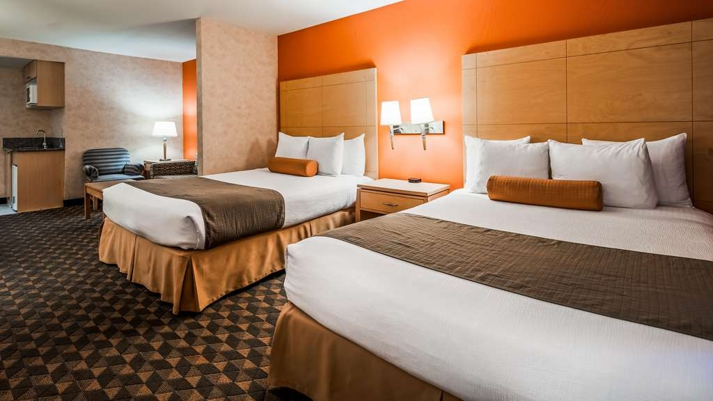 Best Western Plus North Las Vegas Inn & Suites - Two Queen Guest Room with Sofabed
