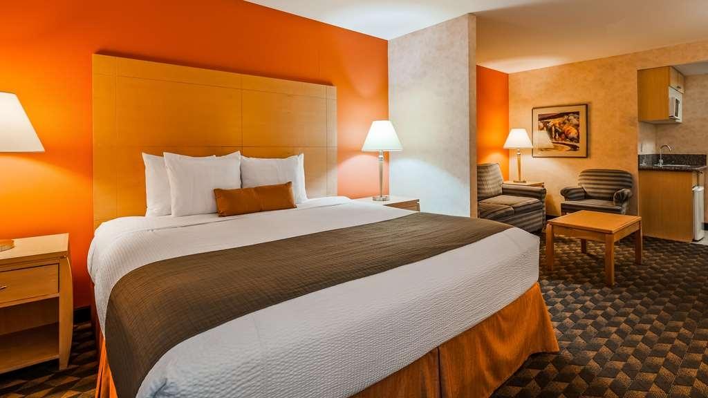 Best Western Plus North Las Vegas Inn & Suites - King Guest Room with Sofabed