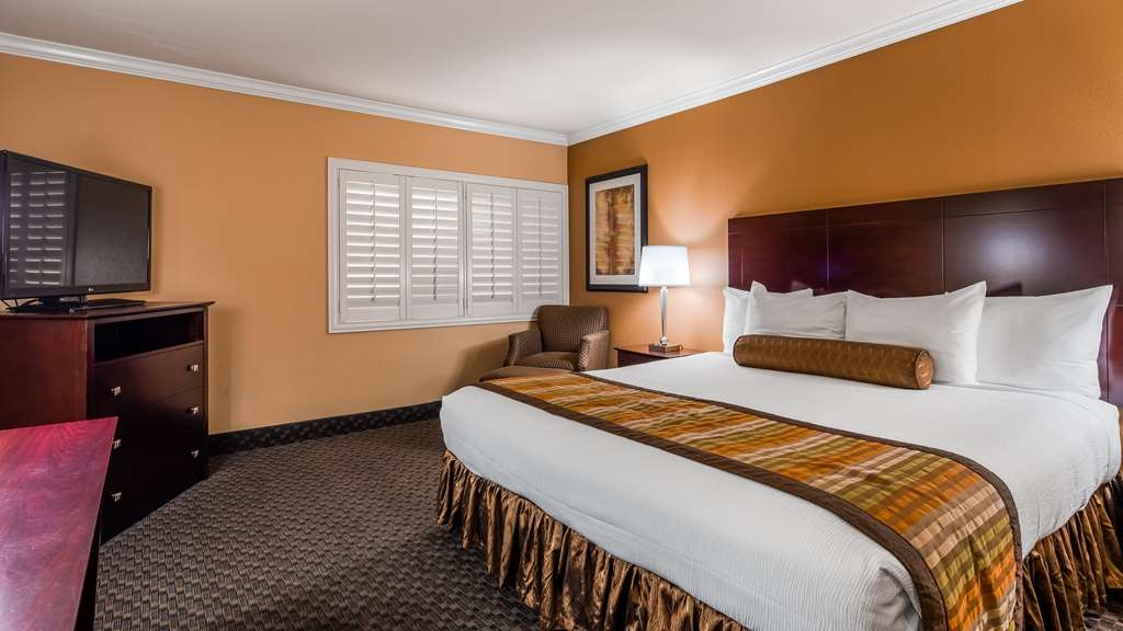 Best Western Plus Casino Royale - Guest room
