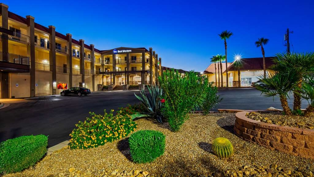 Best Western Hoover Dam Hotel - The Best Western Hoover Dam Hotel is located in historic downtown Boulder City,Nevada