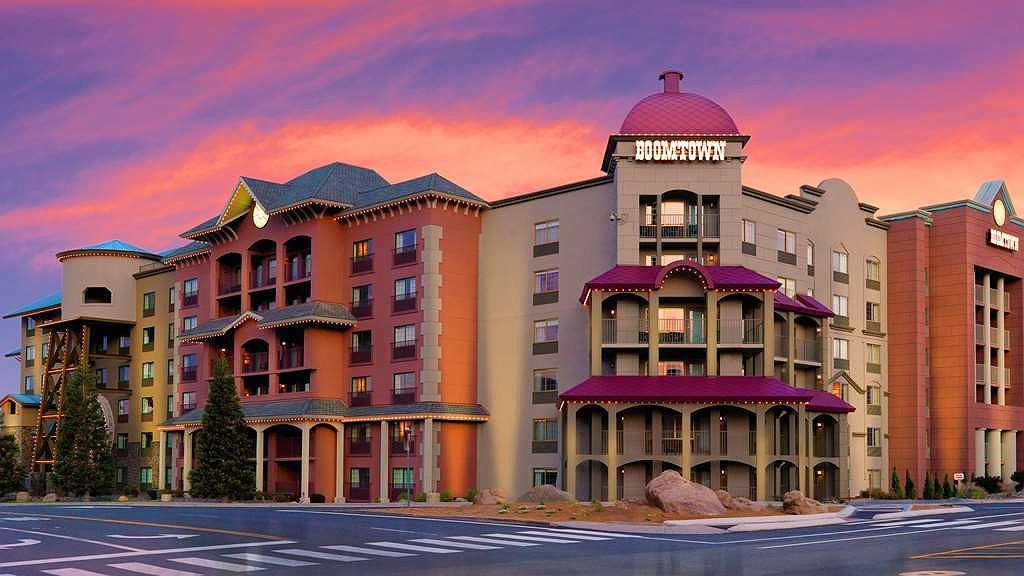 Best Western Plus Boomtown Casino Hotel - Aussenansicht