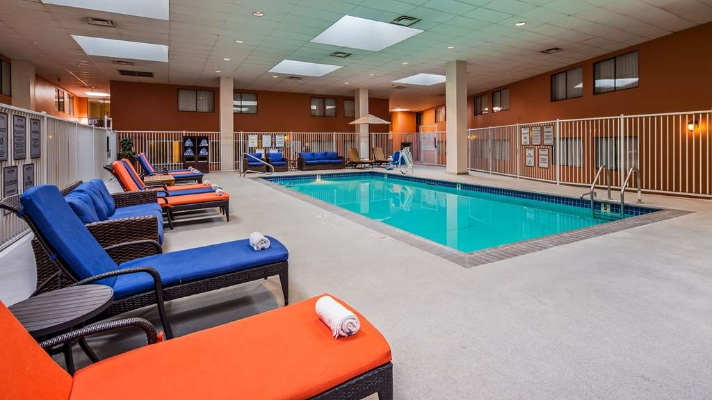 Best Western Plus Boomtown Casino Hotel - Vista de la piscina