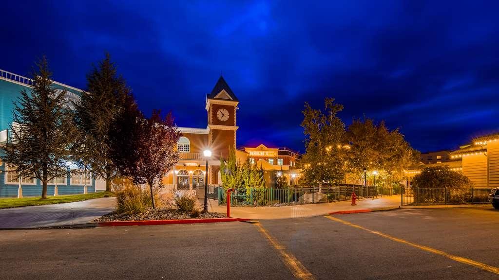 Best Western Plus Boomtown Casino Hotel - Vista Exterior