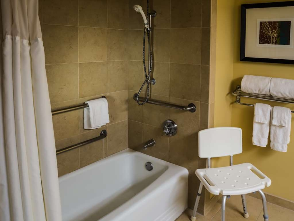 Aquarius Casino Resort, BW Premier Collection - Mobility Accessible King Guest Room Bath