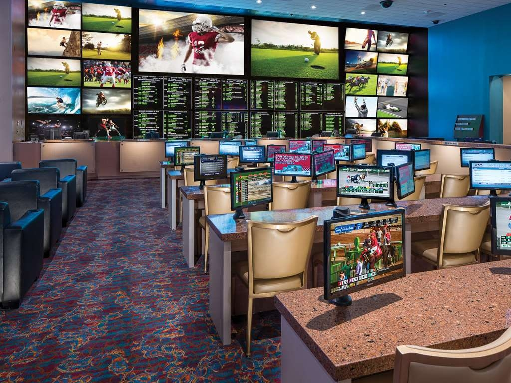 Aquarius Casino Resort, BW Premier Collection - Racing & Sports in the Casino