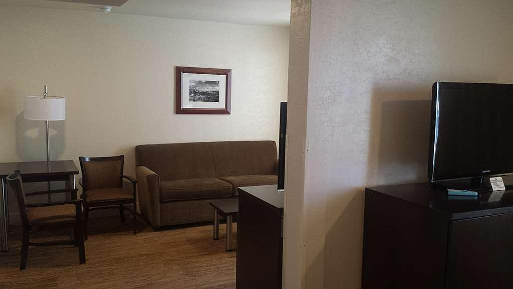 Fabulous Hotel In Flagstaff Best Western Pony Soldier Inn Suites Machost Co Dining Chair Design Ideas Machostcouk