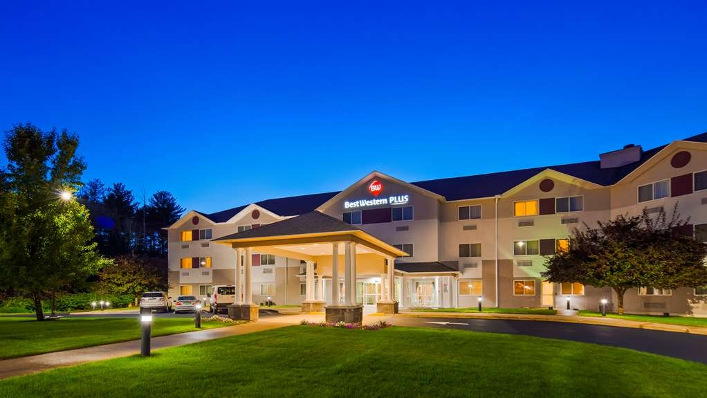 Best Western Plus Executive Court Inn & Conference Center - Vista Exterior