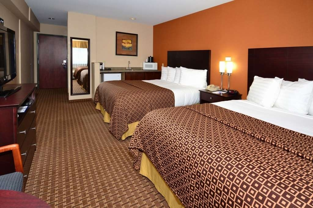 Best Western Concord Inn & Suites - Chambres / Logements