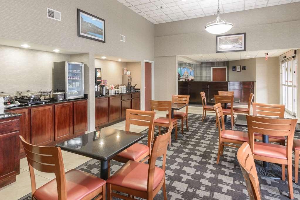 Best Western Concord Inn & Suites - Breakfast Area