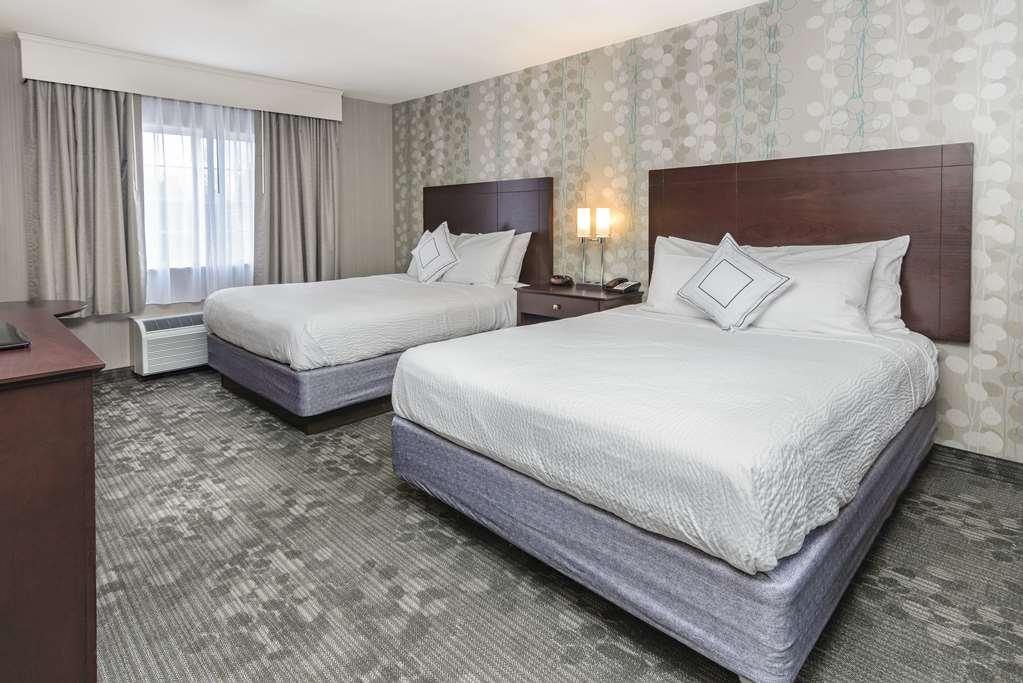 Best Western Concord Inn & Suites - Two Queen Room