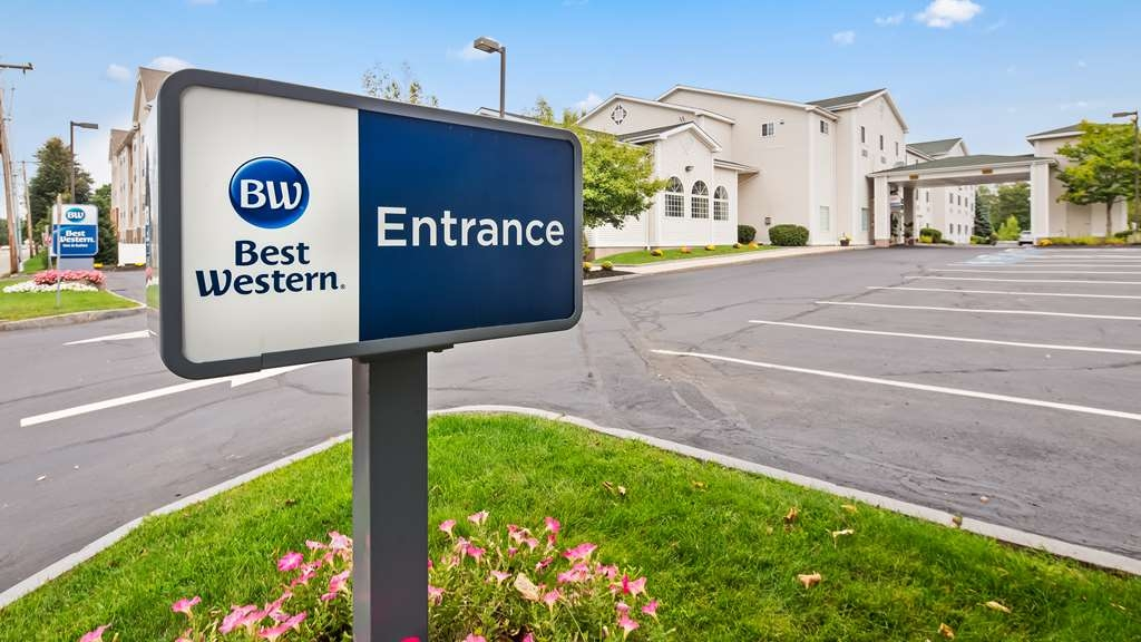 Best Western Concord Inn & Suites - Signage