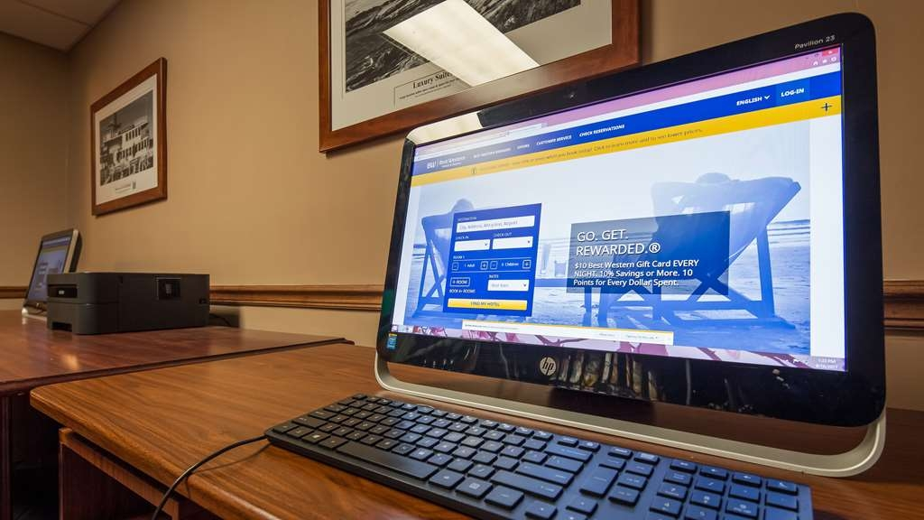 Best Western Plus Portsmouth Hotel and Suites - Our business center offers free WiFi and printer capabilities.