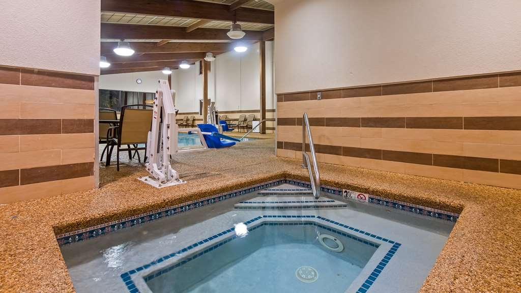 Best Western Plus Portsmouth Hotel and Suites - Hot Tub