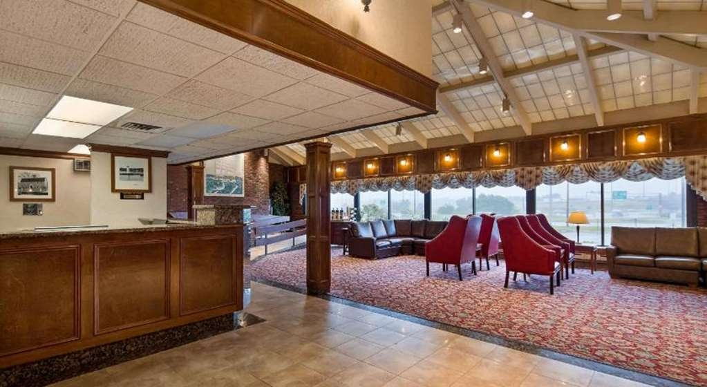 Best Western Plus Portsmouth Hotel and Suites - Vue du lobby
