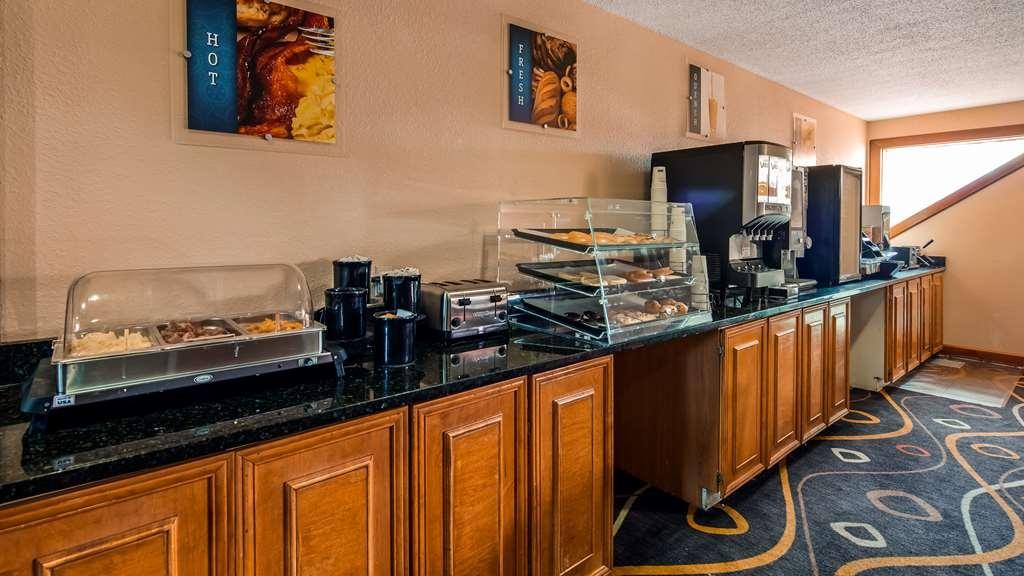 Best Western White Mountain Inn - Breakfast Area