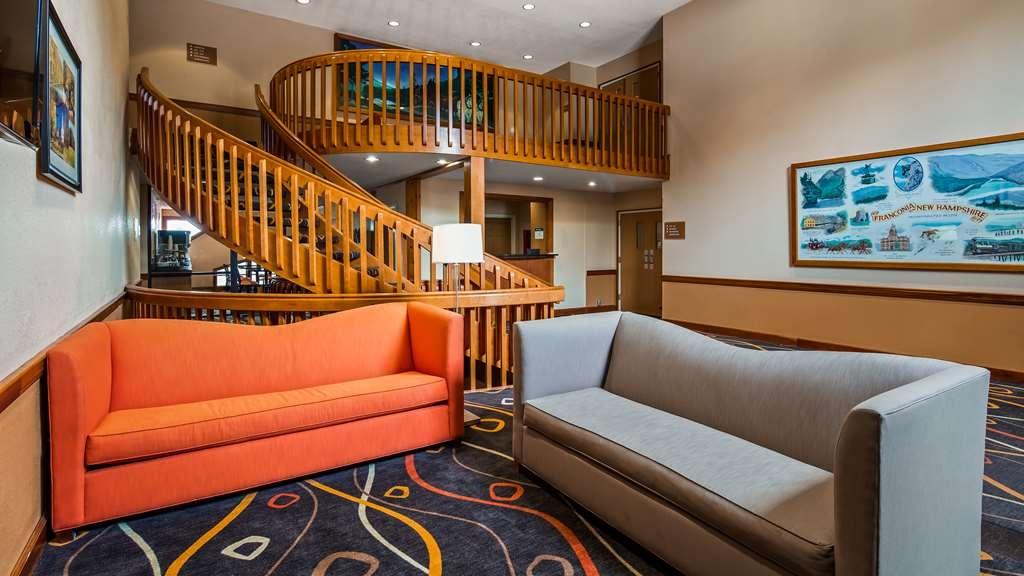 Best Western White Mountain Inn - Vista del vestíbulo