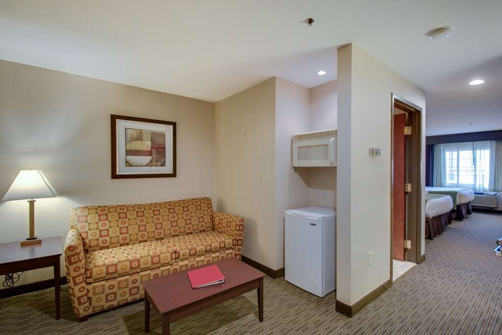 Best Western Plus The Inn at Hampton - Chambres / Logements