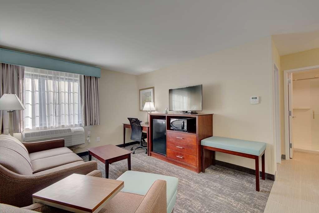 Best Western Hampshire Inn & Suites - Chambre d'agrément