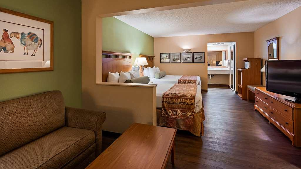 Awesome Hotel In Kingman Best Western Plus Kings Inn Suites Gmtry Best Dining Table And Chair Ideas Images Gmtryco
