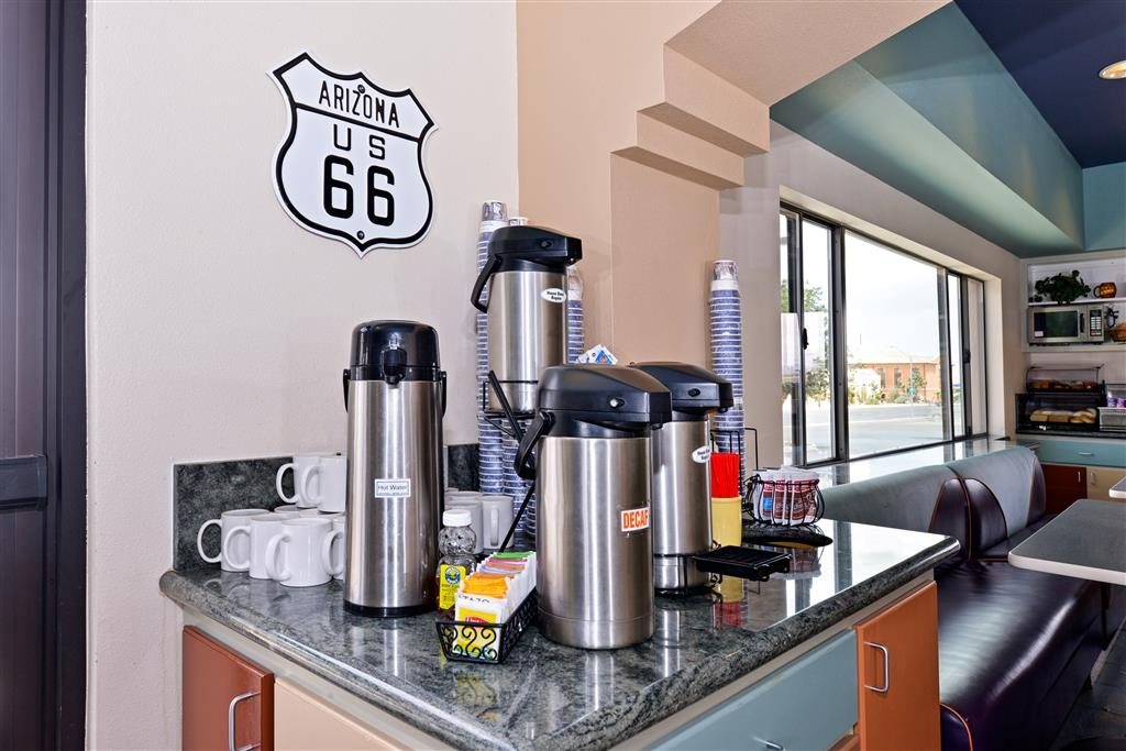 Best Western Plus King's Inn & Suites - Breakfast Area