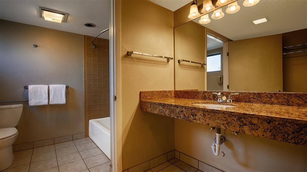 Best Western Rancho Grande - Guest Bathroom